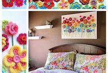 Crochet flowers/leaves