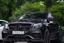 LuxurySUV