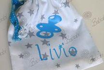 Liste de naissance Mia et Léo / Concernant les tissus j'ai choisi tout cela avec Babobi, les photos correspondent uniquement aux objets que j'aimerai avoir, les couleurs et tissus sont tout autre. Si vous éprouvez des difficultés pour commander il vous suffit de contacter Babobi par message privé sur Facebook elle vous guidera.