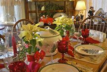 Spode Christmas Tree Table Settings / Create a holiday table  with Spode Christmas Tree dinnerware that everyone will remember for years to come.