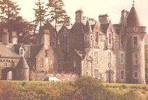 Lady Amelia / I own 1 square foot of pasture of Dunans Castle