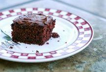 CHOCOLATE CAKES & COOKIES