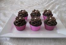 Little Cakes and Cookies / Cupcakes, cake bites, mini cakes, etc.