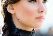 Jennifer Lawrence - Katniss Everdeen