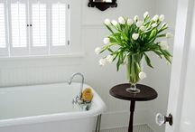 House & Home - Bathrooms / by Kelly May
