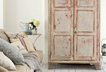 Shabby Furniture / by Chateau Romance