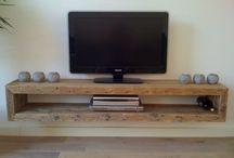 Al's TV stands