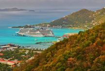 Cruise Ships at stunning locations / Self-made picture gallery of cruise ships at stunning locations all over the world!