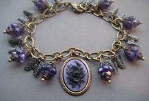 Jewelry necklaces
