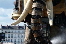 Nantes & Naoned / Nantes & Naoned sont dans un bateau... Anne de Bretagne boit de l'eau.
