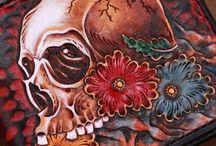 skull wallet pattern