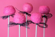 I LOVE CAKE POPS! / by Melissa Hurdle
