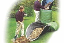Gardening Supplies / Our favorite gardening products - gardening tools - fertilizer - herbicide - pesticide - planting amendments - cool stuff gardeners love #gardening