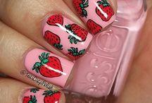 nails fruit / summer