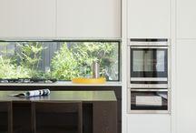 Modern Kitchen / Kitchen