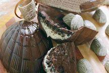 CHOCOLATES, CHOCOLATES,CHOCOLATES, CHOCOLATES, / by Idalina Paradella