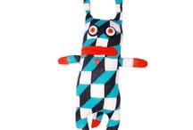 Sockstar-Monster / Sockstar-Monster entstehen aus neu gekauften und frischen Socken. Handmade by Clarissa Schwarz. Jedes Sockstar-Monster hat einen Namen, ein Geburtsdatum, eine Geschichte und ist ein Unikat.