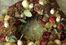 Wreaths / by Karen Henry