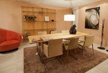 Showroom Eurlings Interieurs / Onze showroom van 1000m2 bestaat uit de textielafdeling met gordijnen en vloerbedekking, de Luxaflex Inspirationshop met zonwering, een slaapafdeling en uiteraard de meubelafdeling. Deze zijn verdeeld over 3, via een lift bereikbare, etages. http://www.eurlingsinterieurs.nl/ https://www.facebook.com/eurlingsinterieurs