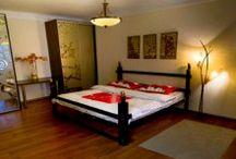 Appartamenti in affitto a Kiev / Ukraina Viaggi offre alle sua clientela un vasto range di appartamenti in affitto, tutti con standard Europei e in centro città. Dimezza i costi di permanenza a Kiev scegliendo un appartamento invece del classico Hotel.