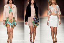 Blumarine / Blumarine collezione e catalogo primavera estate e autunno inverno abiti abbigliamento accessori scarpe borse sfilata donna.