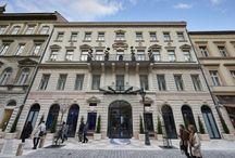 Aria Hotel Budapest / En choisissant l´établissement Aria Hotel Budapest, vous aurez la chance de séjourner dans le centre de Budapest, à quelques pas de Basilique de Saint-Etienne et Andrassy Avenue. Cet hôtel 5 étoiles se trouve tout près de Place Ferenc Deák et Église luthérienne.
