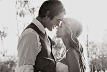 WEDDING PHOTO IDEAS / Engagement & Wedding Photo Ideas / by JoAnn Giese