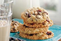'Tis the Season for Cookies / There's nothing like homemade cookies during the holiday season!