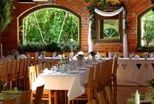 Complete Weddings - Venue - Trents Estate / Trent's Vineyard is a beautiful, romantic wedding venue set amidst grapevines, paddocks and mature trees, private yet close to the city.