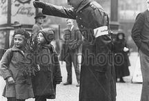 Policmen protect children