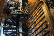 wundervolle Bibliotheken // Architektur // Einrichtung / Da fühlt man sich doch gleich wie Zuhause: meterlange Regale mit Büchern, außergewöhnliche, gemütliche Designs und Quellen der Inspiration für die eigene Bibliothek.