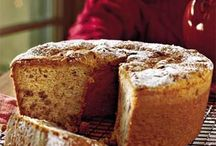 Recipes: Cakes / by Wanda Padgett