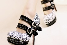 Shoes / by Jessica Lausten