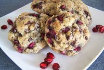 Cookie Recipes / Who doesn't love cookies?!  Yummy cookie recipes for everyone!