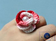 Ravelry: Rosy ring pattern by Maz Kwok.. Free pattern!