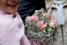 Matrimoni di Flò / Questa bacheca vorrebbe essere fonte di ispirazione per un matrimonio con vista a 360 gradi su possibilità, stile, cura dei particolari, cuore di tutte le future spose e sposi. E un rivivere meravigliose emozioni per le coppie già sposate!