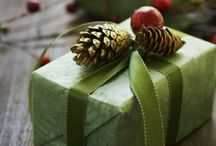 It's A Wrap! / Holiday gift wrapping