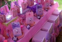 Kids Birthday Party Ideas / by Lauren Hebert