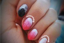 Hybrydy / Zdobienie paznokci lakierami hybrydowymi, stemplami, water marble.