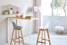 Stylish breakfast bar stools / We choose 5 of our favourite breakfast bar stools to suit all styles of kitchen.