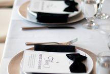 Bryllupsinvitasjoner, bordkort, menyer og andre papirvarer til Bryllup / Bryllupsinvitasjoner, bordkort og alt annet av papirvarer finner du her.