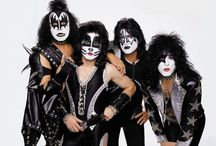 Kiss / The hottest band in the world