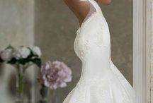 Wedding Dresses / by Ashley Davis
