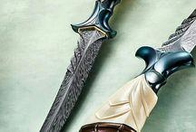Daggers, Knives