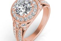 Rose Gold Wedding / All things Rose Gold, our favorite color of the season!