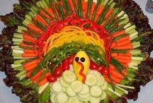 Thanksgiving / Thanksgiving holiday ideas / by Robyn Eyre-Long