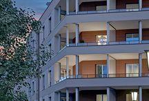"""Neu ⌂ Irma-Uhrbach-Carré / """"Irma-Uhrbach-Carré"""": Der Verkauf unseres neuen Projekts """"Irma-Uhrbach-Carré"""" in #München Perlach-Süd hat begonnen. An der Irma-Uhrbach-Straße entstehen moderne 1- bis 4-Zimmer-#Eigentumswohnungen mit Terrasse, Loggia oder Dachterrasse. Das Projekt liegt in unmittelbarer Nähe zum grünen Perlachpark."""