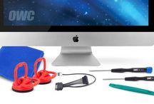 Montering av hårddisk i din Mac / Vi kan hjälpa till att byta hårddisk i alla Macintoshmodeller. Macpatric har unik erfarenhet av hårddiskbyten och använder sig av beprövad Thermal Sensor när montering sker i iMac. Till Macbook Retina & Macbook Air byter vi vanligtvis till OWC Aura. Undrar du över kostnad för byta hårddisk iMac, Macbook eller Mac mini. Kontakta macpatric.