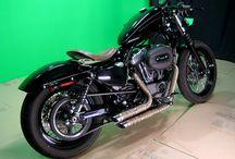Bikes! / Classic motorcycles / by Douglas Striffolino