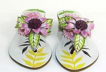 Sandal Bali / As a footwear seller, Sandal Bali has a large collection of best quality women leather sandals in different category and in many colors like Hand painted leather sandals, hand-painted leather thong, and leather flip flops.